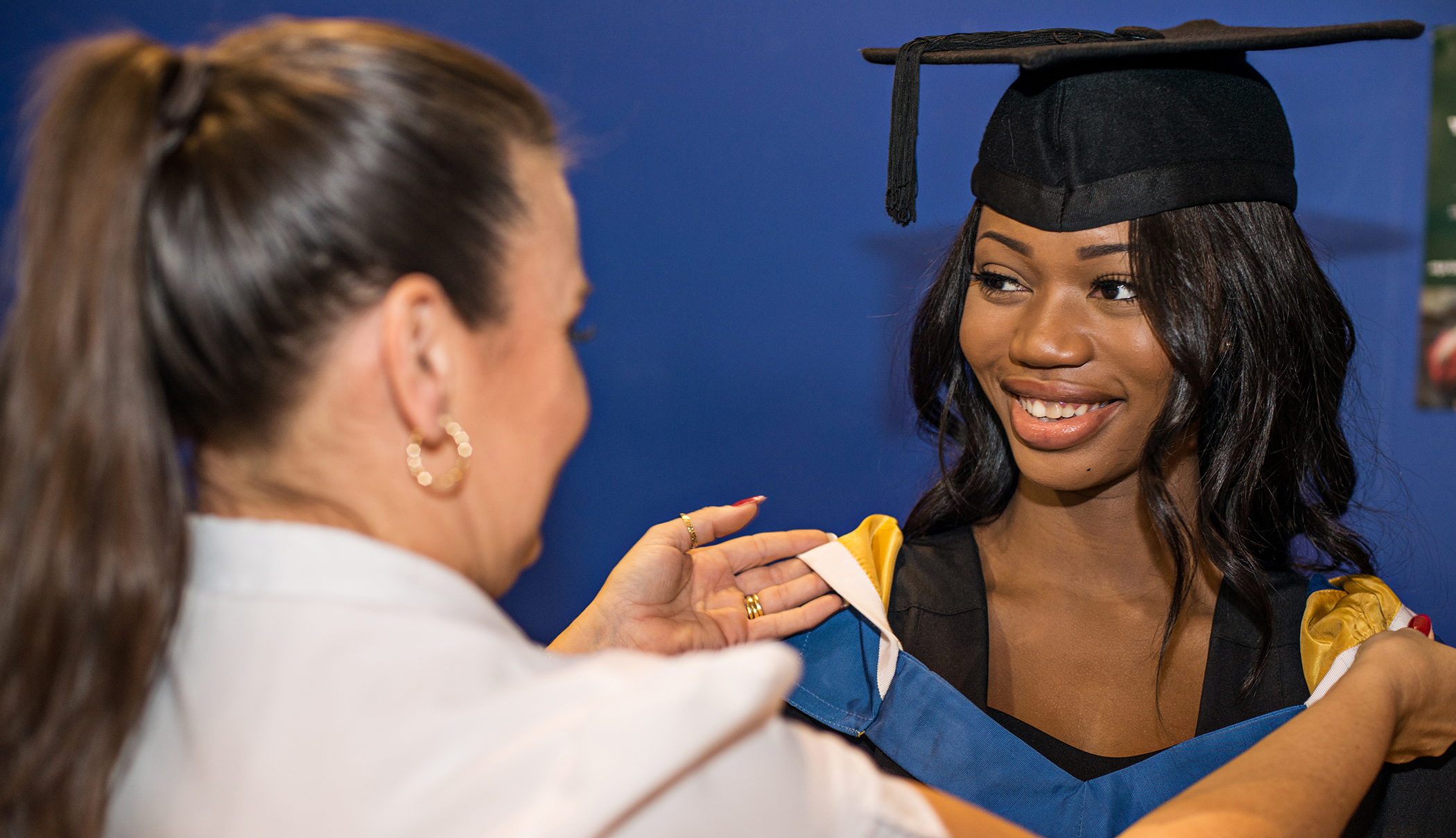 Hiring your gown   Bournemouth University