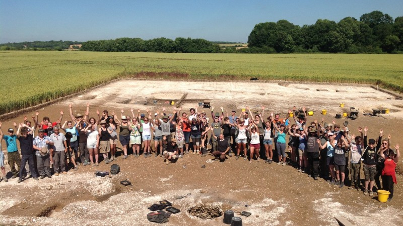 Big Dig site with crowd of fieldworkers