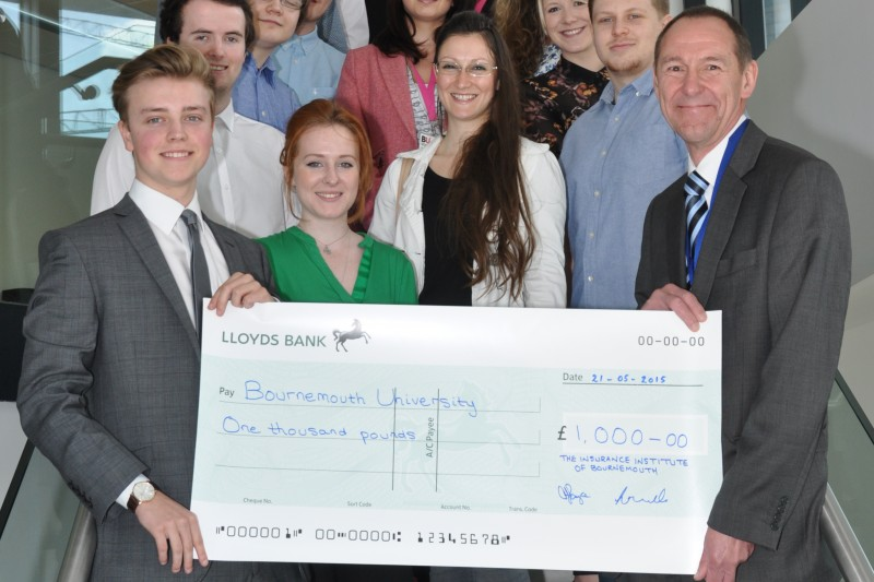 Students win £1,000 prize for project pitch