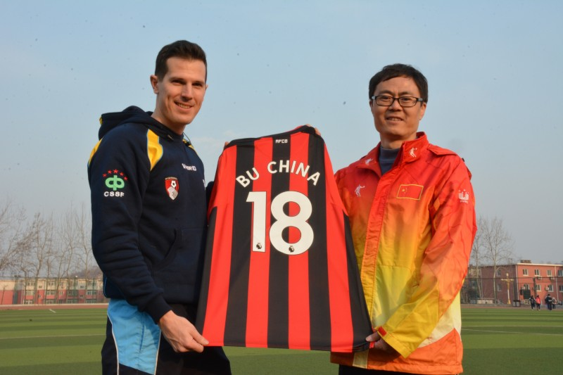 Barry Squires with China football coach