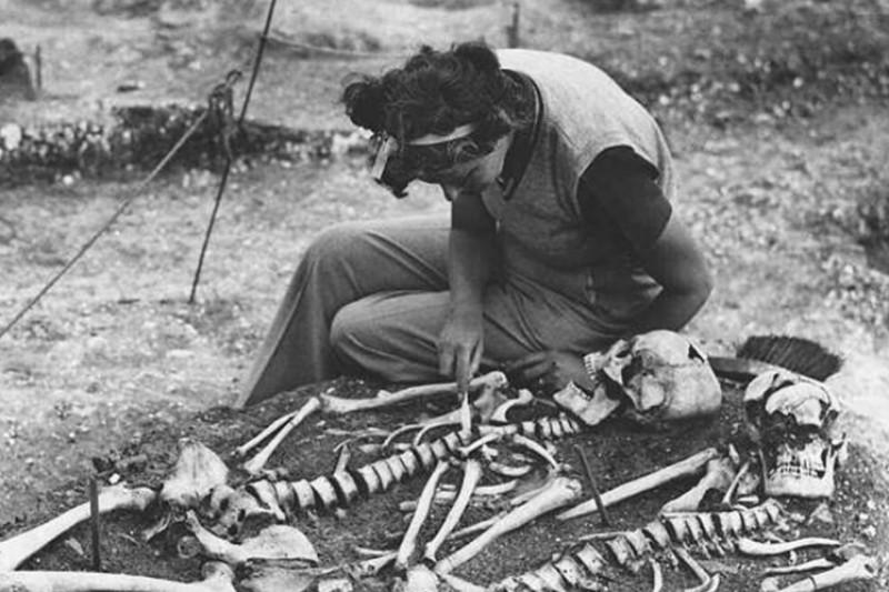 A skeleton found at Dorset's Maiden Castle