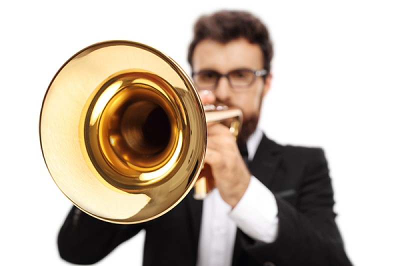 image of a trumpet player