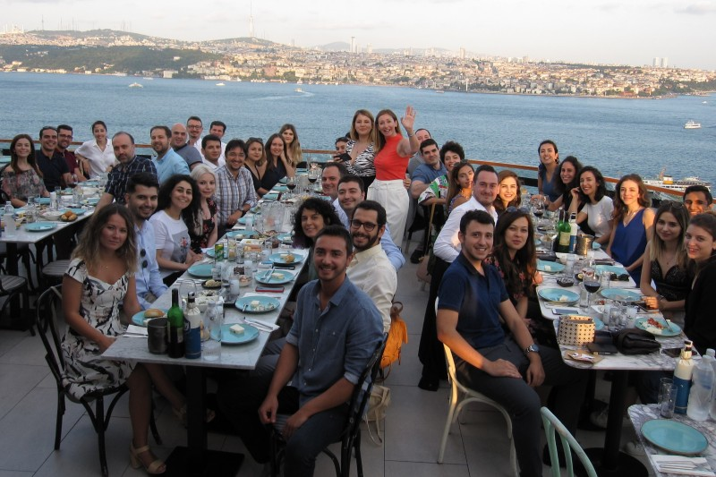 Alumni meet with new applicants in Istanbul