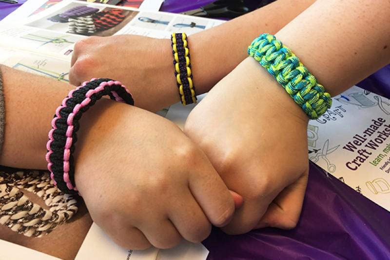 Well-made craft workshop - paracord bracelets