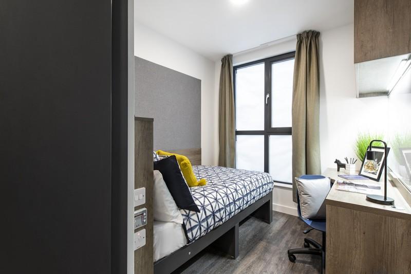 Bailey Point Ensuite bedroom