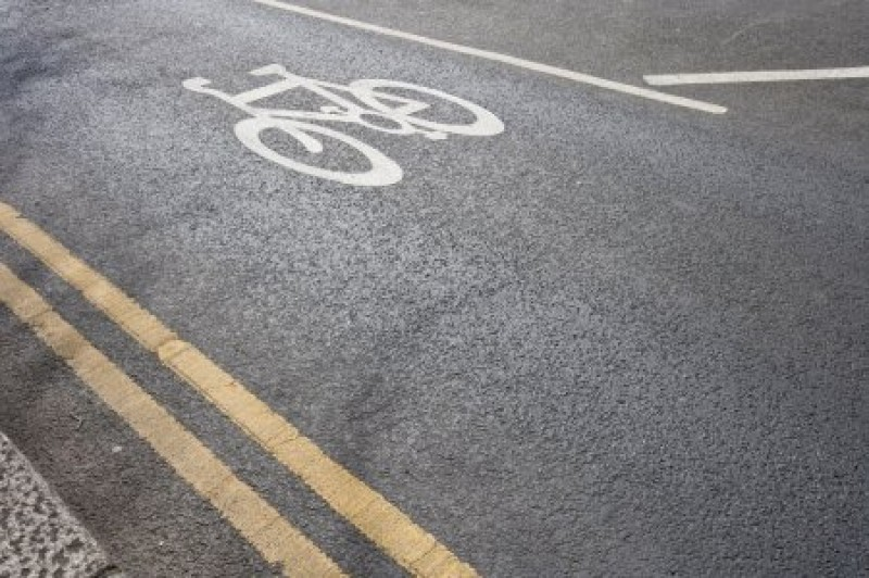 cycle lane on road