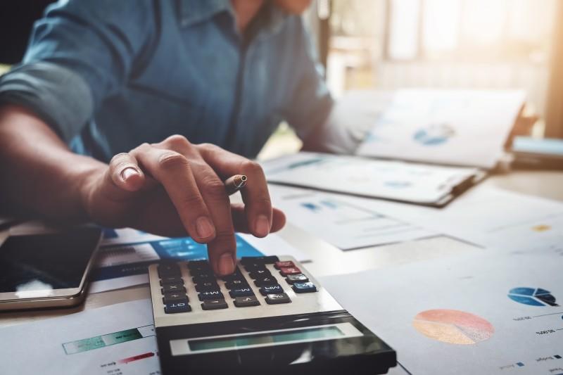 BA (Hons) Accounting promo