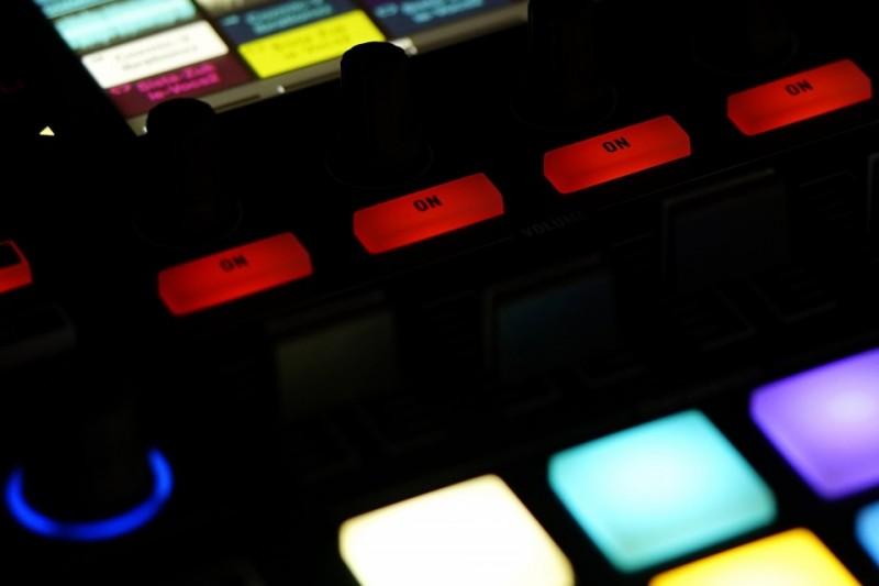 Sound recording desk