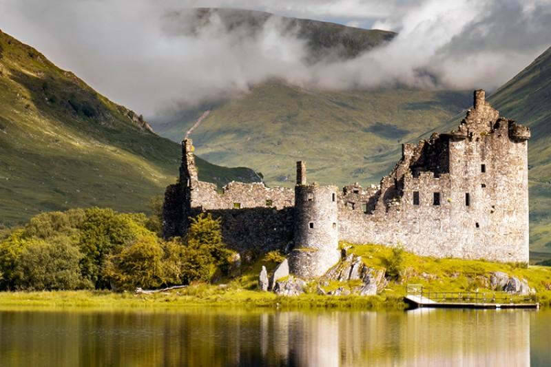 Kilchurn castle from Loch Awe
