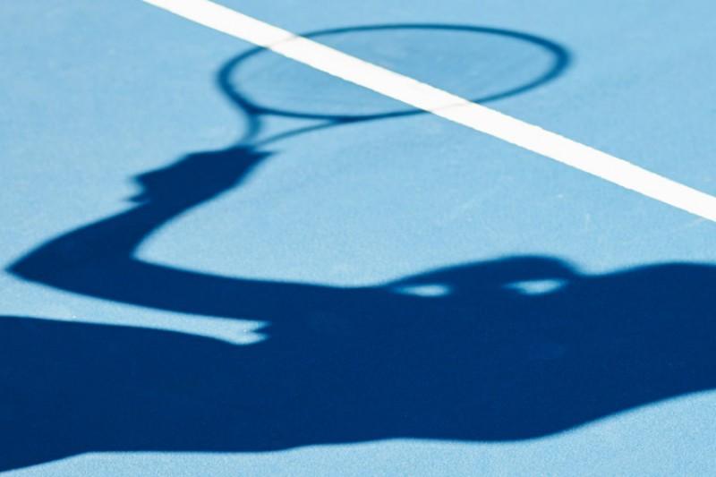 Tennis player shadow