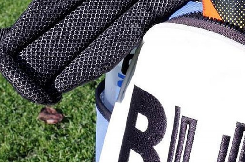 A BU golf bag