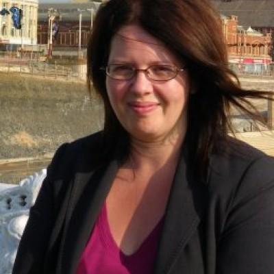 Dr Anya Chapman