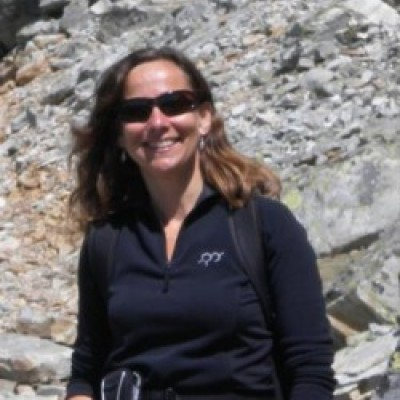 Dr Kathy Hodder