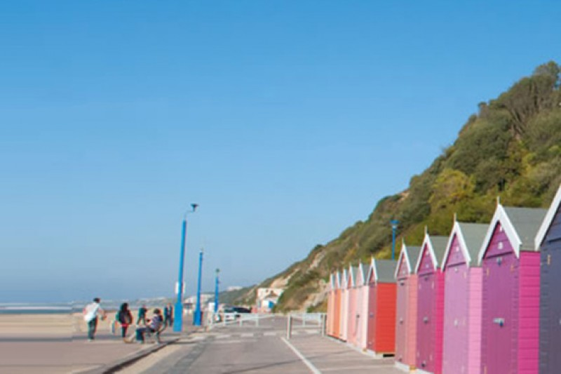 Beach hut image