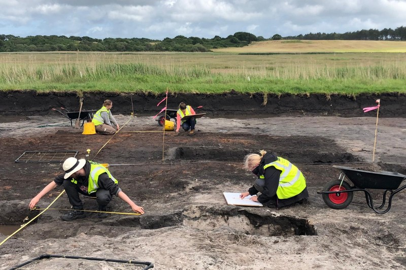 PLACE 2019 students excavating