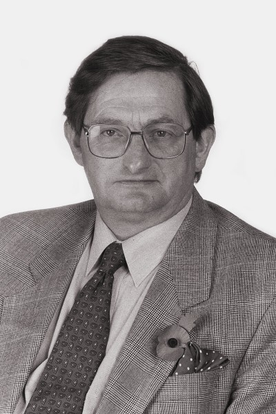 Giles Sturdy